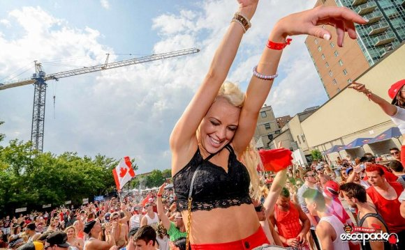 Top 12 DJs To See At Escapade